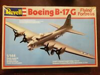 Revell Boeing B-17G Flying Fortress 1/144 Scale  model Aircraft kit #4136
