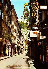 Salzburg , Stadt der Festspiele , Getreidegasse in der Altstadt , Ansichtskarte