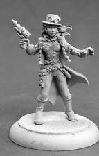 Belle Steampunk Heroine 50280 - Chronoscope - Reaper MiniaturesD&D Wargames