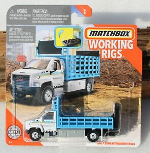Matchbox Working Rigs GMC 3500 Attenuator Truck 6/8 FNQHotwheels FM121