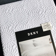 DKNY Textured *WHITE MOSAIC* 3pc Full QUEEN DUVET COVER SET raised Microsculpt