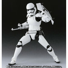 New BANDAI S.H.Figuarts First Order Storm Trooper (Shield & Baton set) JAPAN