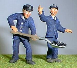 Loco Crew Engine Driver Fireman OF17 UNPAINTED O Scale Langley Models Figures