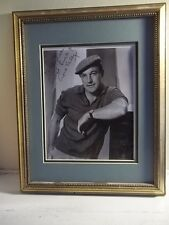 GENE KELLY HAND Signed B&W 8X10 PHOTO FRAMED AND MATTED WITH ENVELOPE