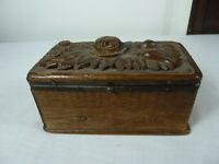 Kleine Schachtel aus Holz. ca.1850