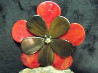 """BOHO 3 3/4"""" EBONY AND RED MARBLED LUCITE PETALS FLOWER BROOCH"""