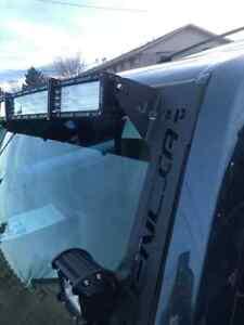 Windshield Pillar Mounted Brackets LED Light Bar FITS Jeep Commander XK