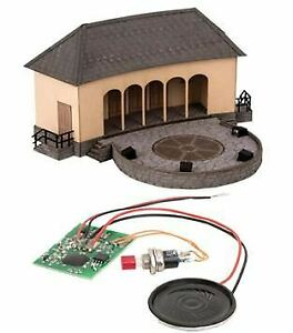 NOCH HO SCALE 1/87 OPEN CONCERT STAGE WITH ROCK BAND   BN   66825
