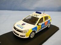 ATLAS 1:43 Vauxhall Opel Astra Thames Valley Police Diecast Car Diorama Toy