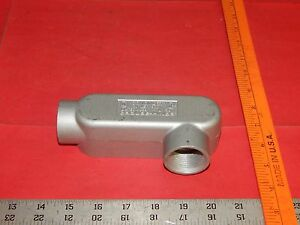 "Crouse-Hinds Condulet LR39 Conduit Outlet Body 1"" Type LR 12.0 CU. IN."