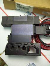 PARKER FLOW CONTROL SANDWICH 24V 3P D SOL S3538166P F55VXPG019A F5563BGB19466A