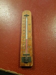 Outdoors  / indoors ? Thermometer Wood, Vintage, Wall Mounted great vintage