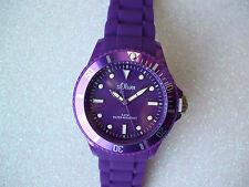 30 m (3 ATM) Sportliche Armbanduhren aus Silikon/Gummi und Kunststoff