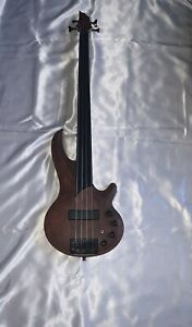 Cort 4-String Active Fretless Bass with Bartolini Pick-Up + Gig-bag