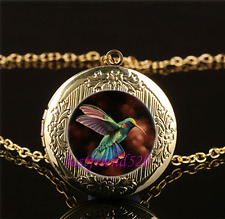 Pretty Hummingbird Cabochon Glass Gold Plating Locket Pendant Necklace