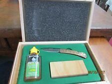 Vintage Remiongton 3 pc set knife rem oil & whetstone in original wooden case