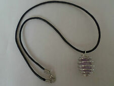 Amethyst tumble stone 25mm spirale cage pendentif sur collier cordon cuir 18inch.