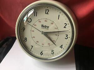 Retro Vintage metal wall clock