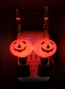 New - LOT OF 2 VINTAGE  Halloween Pumpkin Orange Bubble Bubbling Night Lights