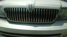 05-06 LINCOLN NAVIGATOR FRONT RADIATOR GRILL WHITE  PEARL WITH CHROME VENT BLADE