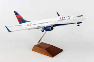 "Airplane Delta Airlines Boeing 737-800 New Livery 15.75"" Desktop Model Aircraft"
