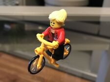 New Lego Press Woman With Bicycle Split From Lego Creator Set: 40221