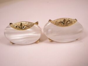 -Mother of Pearl & Gold Tone Vintage SWANK Cuff Links beautiful & simple design