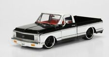 1/24 Jada 1972 Chevrolet Cheyenne Pickup Truck Diecast Model Black / White 99047