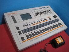 Roland TR-707 TR707 Legendary Drum Rhythm Machine Composer w/ Power AC 100V Used