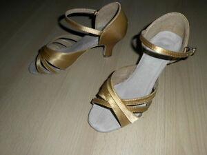Damen Altrosa Metallisch PU Tanz Griechische Sandalen Lehren Ballsaal Schuh Von