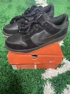 Nike Dunk Low Black Gum Bottom 304714-002