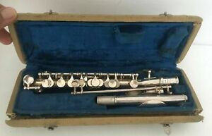 VINTAGE LARK FLUTE PICCOLO WIND M4007 INSTRUMENT IN CASE MAY NEED ATTENTION T12