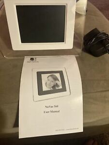 NuVue Nv-560 Digital Picture Frame Great Condition - Includes Manual
