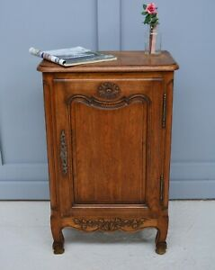 Antique French Country Louis Style Oak Drinks Cupboard / Cabinet