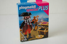 Playmobil Special (4783) Pirate with Treasure Chest