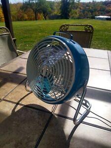 Vintage Lakewood Blue Round Floor Fan Type 63
