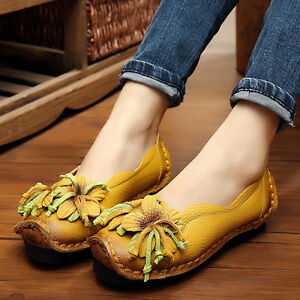 Retro Women's Ethnic Style Flower Handmade Cowhide  Pull On Shoes Soft Loafers