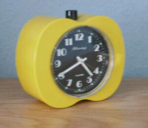 Vintage Blessing Alarm Wecker Tischuhr mechanisch Handaufzug - Gelb Apfel Design