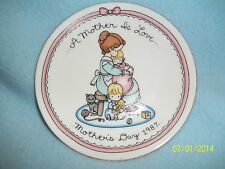 """Avon 1987 JOAN WALSH ANGLUND Collector Plate 4"""""""