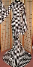 DRAG QUEEN- PLUS SIZE -DIVA IN BLACK AND WHITE GOWN W/TRAIN TALL
