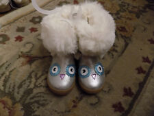 New Cat and Jack Owl Fuzzy Fur lined Winter Boots Toddler sz 7 Silver Glitter