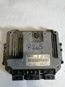 calculateur renault 3 prises bosch , 0281011969 / 8200311539  (réf 8205 )