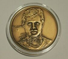 The Highland Mint Steve Yzerman Red Wings Bronze Coin Medallion /25,000