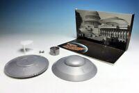 Earth vs The Flying Saucers Plastic Model Kit w/ Backdrop Atlantis Models C