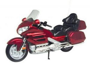 HONDA GOLDWING diecast model road bike red / black 1:6th MOTOR MAX 76264