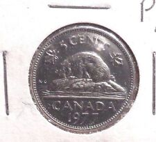 CIRCULATED 1977 5 CENT CANADIAN COIN (61416)