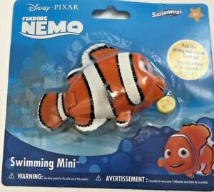 SwimWays Disney Finding Nemo Swimming Mini pull string pool or bath toy New