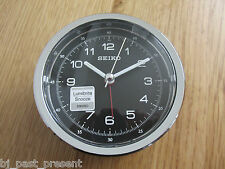 Seiko Sveglia Quadrante Rotondo Nero Cronometro Stile pulsante SNOOZE qhe088k