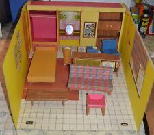 Vintage 1962 Barbie Dream House fold up carry play set Teenage edition