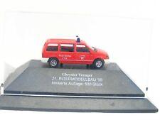 Busch 1/87 Chrysler Voyager Feuerwehr Intermodellbau 1999 ltd. 500 St. (KV3855)